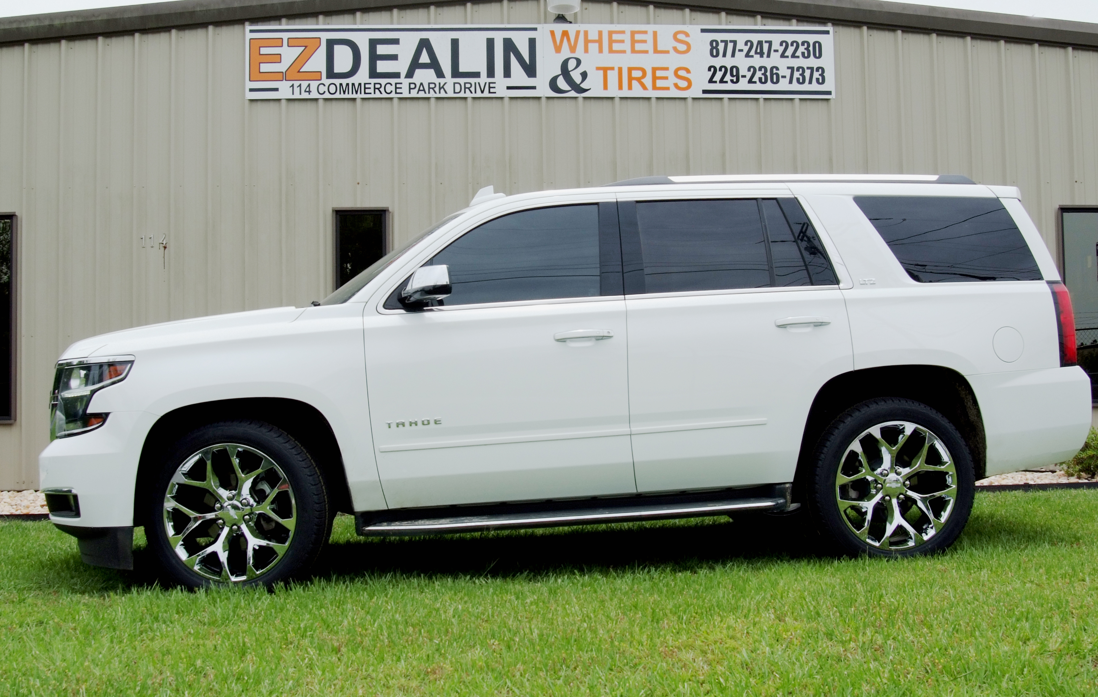Chevy Tahoe Chrome Snowflake